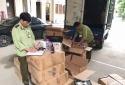 Chặn đứng xe buôn lậu dầu gội, sữa tắm Trung Quốc về Việt Nam tiêu thụ