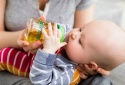 2 sai lầm cha mẹ thường mắc khi sơ cứu trẻ bị hóc nghẹn