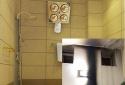 Đèn sưởi nhà tắm nổ như pháo hoa, cách lắp đặt an toàn
