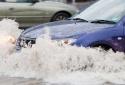 Nguyên tắc cần tuân thủ nếu ô tô bị ngập nước kẻo 'nhẵn ví'