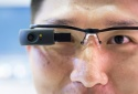 Các 'ông trùm' công nghệ chạy đua về phát minh kính mắt thông minh