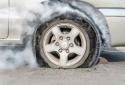 Tránh lốp ô tô phát nổ - cần làm những việc gì để phòng rủi ro đáng tiếc?