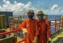 Người lao động dầu khí đồng cam cộng khổ vượt gian khó