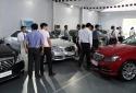 Được giảm thuế trước bạ, người Việt đổ xô đi mua ô tô