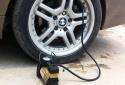 Dùng bơm lốp ô tô mini điện sai cách khiến ô tô nhanh hỏng, tính mạng bị đe dọa