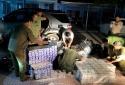 Vĩnh Long: Tạm giữ ô tô vận chuyển 12.500 bao thuốc lá điếu nhập lậu