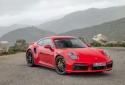 Giá xe Porsche mới nhất tại Việt Nam: Porsche Taycan chính thức trình làng