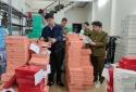Nhập lậu hàng hóa: Hàng nghìn đôi giày dép và chân gà không rõ nguồn gốc