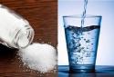 Cảnh báo: Không nên dùng nước muối quá đậm đặc để xúc miệng ngừa COVID-19