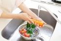 Chuyên gia phân tích: Rau củ quả ngâm nước muối tiềm ẩn nguy cơ hại sức khoẻ
