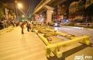 Cận cảnh đưa tàu lên ray tuyến Cát Linh - Hà Đông
