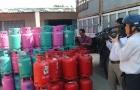 Phạt công ty Đất Việt 335 triệu đồng vì sang chiết gas trái phép