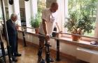 Bệnh nhân bị liệt có thể đi lại sau khi được ghép tế bào