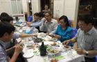 Ảnh ăn hải sản Hà Tĩnh hàng ngàn lượt thích trên Facebook của bà Kim Tiến