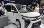 Toyota Voxy 2017: Xe MPV 'đàn anh' của Innova ra mắt thị trường Đông Nam Á