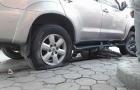Nổ lốp ô tô và những tai nạn chết người