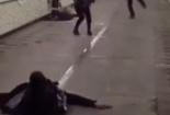 Video: Bỏ chạy toán loạn vì tưởng có người bị bắn chết