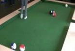 Clip ấn tượng: Chàng trai chơi BI-A bằng chân cực đỉnh