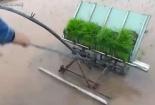 Nông dân Thái Bình chế tạo thành công máy cấy lúa không động cơ