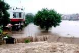 Quảng Ninh: Uông Bí ngập lụt sâu, lực lượng lính thủy đánh bộ 'ra trận'