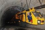 Cơ giới hóa và hiện đại hóa khai thác hầm lò giúp tăng năng suất ngành than