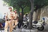 Thấy tiếng dân hô, cảnh sát giao thông lao tới tóm sống tên cướp