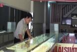 15 phút chủ tiệm vàng đánh nhau với tên cướp
