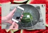 Cách sạc iPhone bằng dưa hấu không thể tin nổi