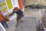 Gia Lai: Kinh hoàng côn đồ cầm mã tấu, truy sát phụ nữ tận cửa nhà