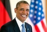 Tổng thống Obama làm mặt xấu trước gương, nhí nhảnh dùng gậy selfie