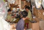 Triệt phá đường dây buôn lậu linh kiện điện tử 'khủng' tại TP HCM