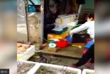 Phát hiện thử đoạn cân điêu hải sản ở chợ tại Hải Phòng, BQL chợ nói gì?