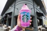 Starbuck ra mắt đồ uống mới đổi màu mang tiêu chí đẹp độc lạ