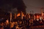 Cháy gara ôtô ngay cạnh kho xăng dầu ở Hà Đông