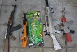 Kiểm tra cửa hàng đồ chơi trẻ em, phát hiện hơn 700 sản phẩm cấm buôn bán