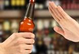Cai rượu đột ngột có thể gây hoang tưởng, nguy hiểm tính mạng
