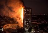 Tháp 27 tầng ở London cháy dữ dội, có người thiệt mạng