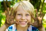 6 thứ con bạn vẫn phải tiếp xúc hàng ngày bẩn hơn cả bồn cầu
