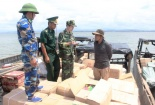 Nhập lậu số lượng lớn bim bim, xúc xích từ Trung Quốc về Việt Nam