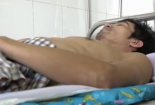 Cảm động trước gia cảnh vợ không chân 5 năm chăm chồng bị liệt