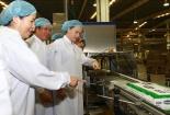 Chủ tịch Quốc Hội thăm nhà máy sữa Việt Nam của Vinamilk tại Bình Dương