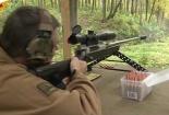 Video: Choáng với vũ khí bắn tỉa chính xác nhất thế giới hạ mục tiêu nhanh như chớp