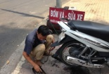 Cảnh báo: Chiêu trò 'phá xe' kiếm tiền triệu mỗi ngày ở trung tâm TP Hồ Chí Minh