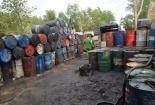 Phát hiện hàng nghìn lít dầu nhớt bẩn tái chế gây nguy hại cho môi trường