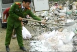 Nghệ An: Tiêu hủy gần 200 kg mỡ lợn bốc mùi hôi thối
