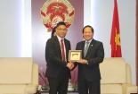 Đẩy mạnh hợp tác, đưa Facebook phát triển lành mạnh ở Việt Nam