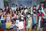 Chất lượng Việt Nam online cùng Rạng Đông 'Thắp sáng ước mơ' cho học sinh nghèo hiếu học