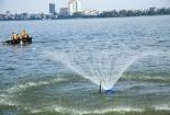 Hà Nội đưa chế phẩm sinh học vào cải thiện chất lượng nước hồ ô nhiễm