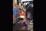Clip: Cháy lớn chợ Sóc Sơn, hàng trăm tiểu thương gom hàng tháo chạy
