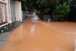 Dự án biệt thự đồi thủy sản nắn dòng nước lũ, đổ bùn đất xuống đầu dân